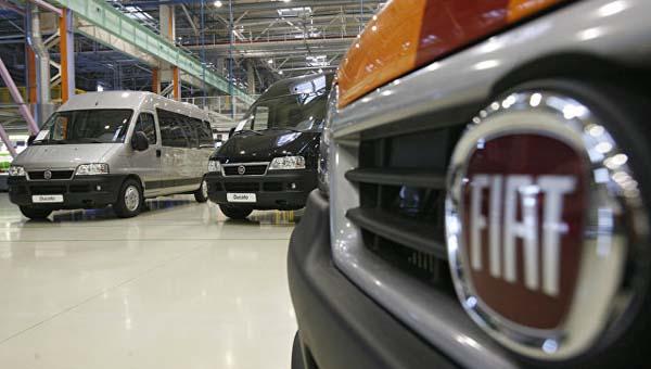 Фиат Chrysler заявляет оботзыве 500 000 пикапов и джипов повсей планете