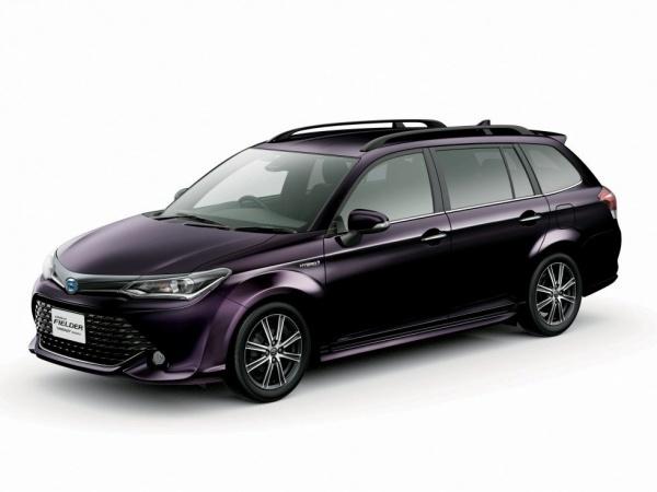 Toyota Corolla Fielder фото
